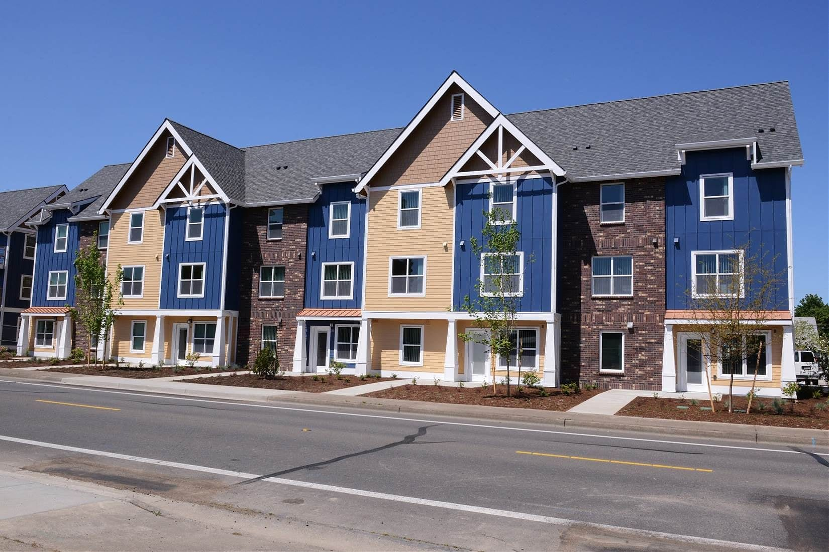 Innovative Housing - Woodwind Apartments